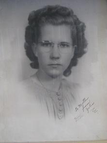 Portrait_of_julia_mae