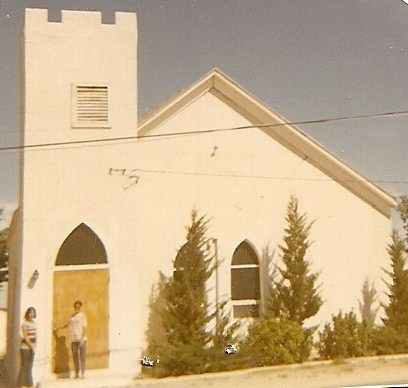 Church_in_sierra_blanca